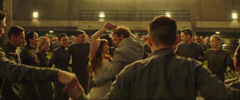 finn e annie dançando foto