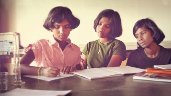Estudantes da escola Shanti Bhavan